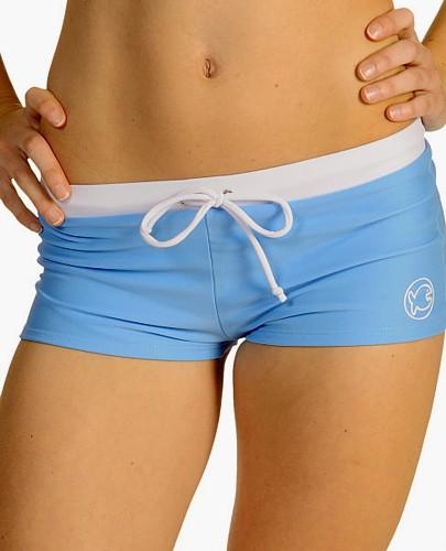 Hot Pants iQ-Company blau weiß UV-Schutz 50+ Sonnenschutz Hose kurz